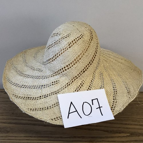 Fancy Sisal Hat Body 5″ Brim A01