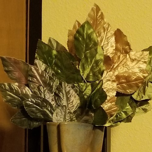 Polished Leaf Spray
