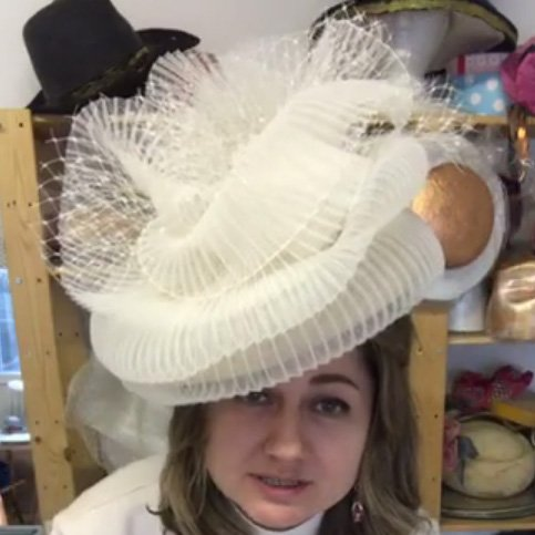 How To Use Horsehair (crinoline) To Decorate A Hat!